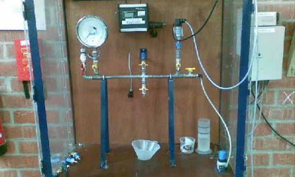 Pressure gauge calibration test stand