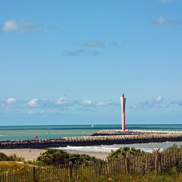 Kustlandschap te Oostende, met zicht op de Oostelijke strekdam.